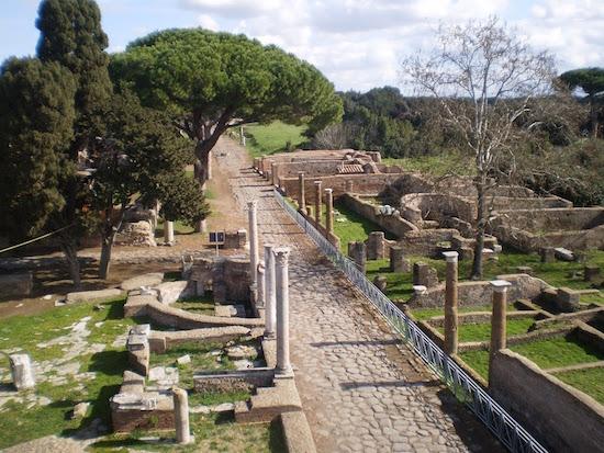 domenica 9 giugno a Ostia Antica